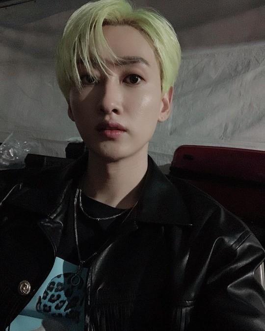 Super Junior Eunhyuk, mái tóc vàng cũng rất dễ tiêu hóa