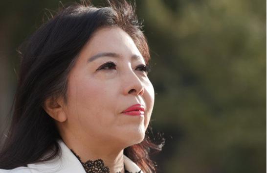 Lee Sook-young, sesenta y cuatro años, ...