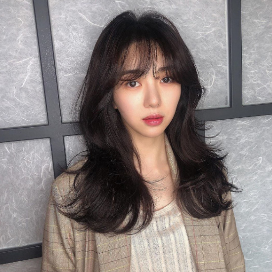 aoa Min-ah, age eighty-eight, who was the member of AOE?