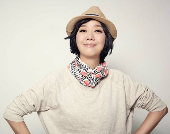 Lee Sang-eun, one of the fifty-year-olds... Korean representative female singer-songwriter...